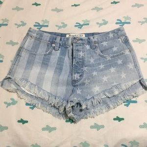 Abercrombie & Fitch high rise shorts